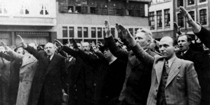 Gerard Romsee, gouverneur van de provincie Limburg (1940), secretaris-generaal van binnenlandse zaken (1941-1944), 1942-1943 - Foto nr 32716, voorbehouden rechten.