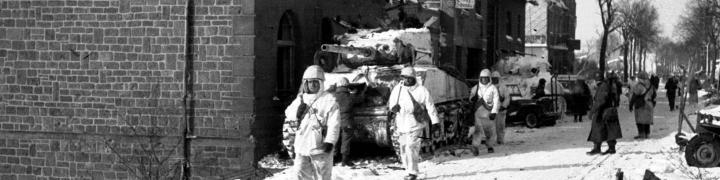 Dans le Saillant des Ardennes, Saint Vith 1945, photo n° 96546, collection Algoet, © CegeSoma/Archives de l'Etat