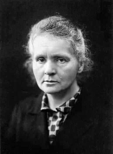 Marie Curie (+/- 1920)